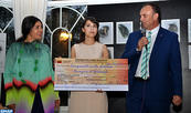 """مراكش.. الفنانة التشكيلية الشابة أميمة الكرسيفي تفوز ب""""جائزة فريد بلكاهية"""""""