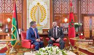 جلالة الملك يجري مباحثات على انفراد مع عاهل المملكة الأردنية الهاشمية