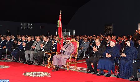 جلالة الملك يترأس بأكادير حفل إطلاق التنزيل الجهوي لمخطط التسريع الصناعي2014 - 2020 لجهة سوس -ماسة وتوقيع 8 اتفاقيات وبروتوكول المتعلقة بهذا المخطط