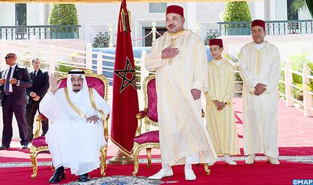جلالة الملك يترأس بطنجة حفل استقبال بمناسبة الذكرى ال 52 لميلاد جلالته