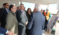 وفد مغربي يقوم بزيارة لورش بناء فضاء جديد للاستقبال خاص بعملية ( مرحبا ) بميناء الجزيرة الخضراء