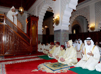 HM the King performs Aid Al-Adha prayers, receives best wishes on the occasion