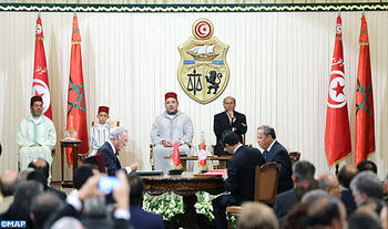 HM the King, Tunisian president chair signing ceremony of several bilateral agreements