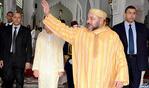 SM el Rey cumple la oración del viernes en la Gran Mezquita de Bab Doukkala en Marrakech