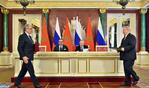 SM el Rey y el presidente Vladimir Putin presiden la ceremonia de firma de varios convenios de cooperación