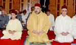 SM el Rey, Amir Al Muminin, cumple la oración del viernes en la mezquita Cheikh Saif en Rabat