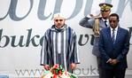 SM el Rey visita el Memorial Genocidio de Kigali