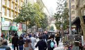 Las chilenas graduadas universitarias ganan 35% menos que los hombres (OCDE)