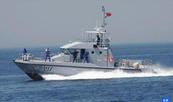La Marina Real rescata al oeste de Tánger una embarcación con inmigrantes ilegales en deteriorado estado
