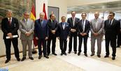 Mehdi Qotbi y Abdelaziz El Idrissi condecorados por el Rey Felipe VI de España por su compromiso con el fortalecimiento de la cooperación cultural marroquí-española