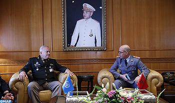 El General de Cuerpo de Ejército, Inspector General de las FAR recibe al Teniente General Carlos Humberto Loitey, asesor militar de mantenimiento de la paz de la ONU