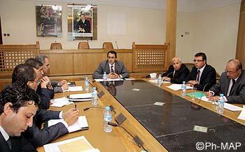 Réunion du Comité permanent de la sécurité routière consacrée à l'examen des préparatifs pour l'entrée en vigueur du Code de la route