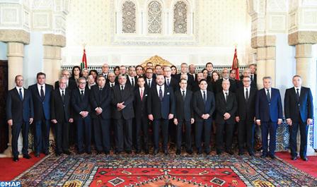 SM el Rey nombra a los miembros del nuevo Gobierno