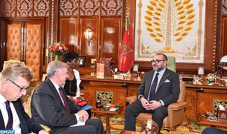 SM el Rey recibe al enviado personal del SG de la ONU para el Sahara Marroquí