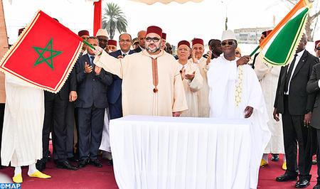 SM el Rey y el presidente de Costa de Marfil lanzan las obras de construcción de la mezquita Mohammed VI en el barrio Treichville en Abiyán
