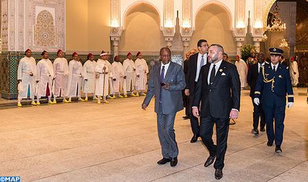 SM el Rey recibe en el Palacio Real de Casablanca al presidente de la República de Guinea