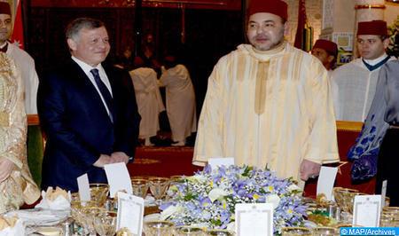 SM el Rey ofrece una cena oficial en honor del SM el Rey Abdallah II de Jordania