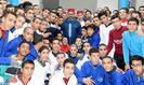 Salé: SM el Rey inaugura un centro de formación profesional en la prisión local El Arjat II y lanza el programa de apoyo al autoempleo de ex presidiarios-Ramadán 2018