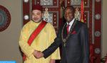 SM el Rey se entrevista en Conakry con el presidente guineano