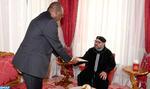 SM el Rey recibe a un enviado especial del presidente de Nigeria, portador de un mensaje escrito al Soberano