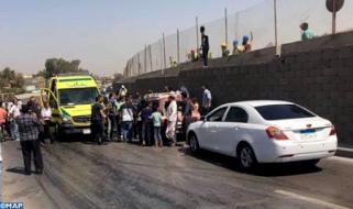 Egipto: al menos 16 heridos en una explosión contra un autobús turístico en El Cairo