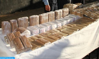 Incautadas casi dos toneladas de chira en un vehículo entre Mechraa Belksiri y Dar Keddari (DGSN)