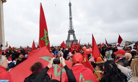 Ultraje a la bandera: Los marroquíes de Europa se manifiestan en París para denunciar un atentado contra un símbolo de la Nación
