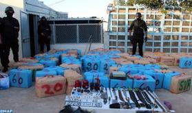 Tánger: casi 8 toneladas de chira incautadas y 5 personas detenidas por presuntos vínculos con una red internacional de narcotráfico