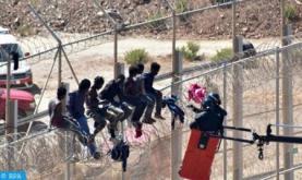 Inmigrantes irregulares subsaharianos saltan la valla del presidio ocupado de Melilla (autoridades locales)