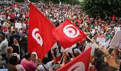 Tunisie: Des milliers de manifestants dans la rue pour défendre l'égalité des sexes