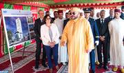 SM le Roi pose la première pierre d'un complexe administratif devant regrouper l'ensemble des intervenants du port de Casablanca