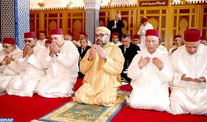 SM le Roi, Amir Al Mouminine, accomplit la prière du Vendredi à la mosquée Hassan à Rabat