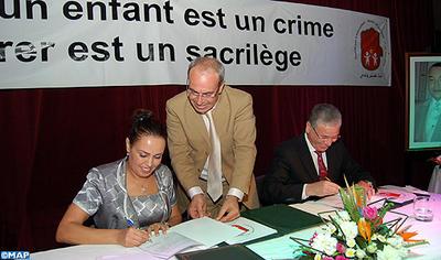 L'ONG Touche pas à mon enfant et le ministère de la Santé signent une convention sur la protection de l'enfance