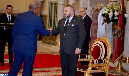 SM le Roi reçoit l'ambassadeur des Etats-Unis d'Amérique, venu prendre congé du Souverain au terme de sa mission dans le Royaume