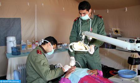 En application des Hautes Instructions Royales, déploiement par les FAR de deux hôpitaux médico-chirurgicaux de campagne dans les provinces de Chichaoua et Tinghir (Etat-Major général des FAR)