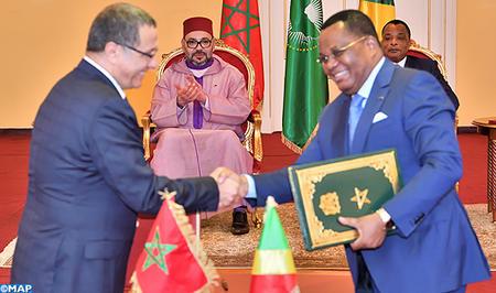 SM le Roi et le Chef de l'Etat congolais président la cérémonie de signature de plusieurs accords de coopération