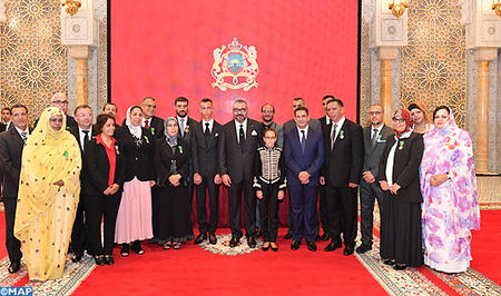 Les personnalités décorées par SM le Roi lors de la cérémonie de présentation du bilan d'étape et du programme exécutif relatif à la mise en oeuvre de la réforme de l'éducation et de la formation