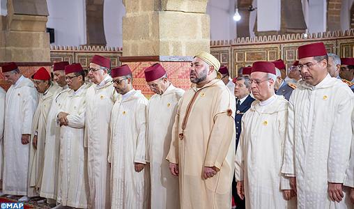 SM le Roi, Amir Al Mouminine, accomplit la prière du vendredi à la mosquée Yousfi à Casablanca