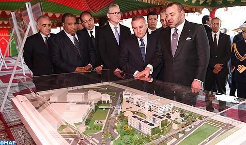 SM le Roi pose la première pierre de l'Université Mohammed VI des sciences de la santé de Casablanca