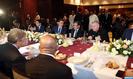 SM le Roi offre un déjeuner en l'honneur des participants à la Conférence intergouvernementale sur la migration