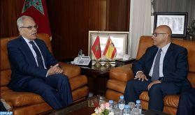 M. Loudyi s'entretient avec le secrétaire d'Etat espagnol à la Défense