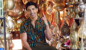 """Le chanteur Adil Echbiy sort son premier titre solo """"Sem3i"""""""