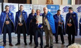 L'enseignant-chercheur marocain Kamal Daissaoui fait Chevalier de l'Ordre pour le progrès des sciences et de l'invention en Roumanie