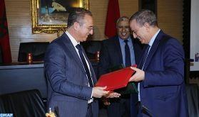 Signature d'une convention de partenariat entre le ministère de la Justice et l'Institut arabe des droits de l'Homme