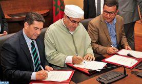 """Signature à Rabat de la convention-cadre du projet """"développement de l'école des droits de l'Homme 2019-2021"""""""