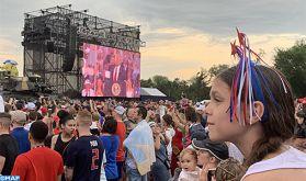 """Trump rend hommage à une """"Amérique unie"""" lors de célébrations inédites de la fête de l'indépendance"""
