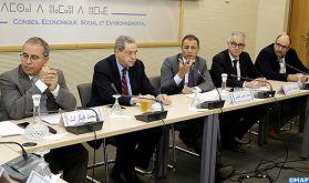 """Rabat: Le CESE se réunit avec les présidents des régions pour examiner """"la régionalisation et l'insertion des jeunes"""""""