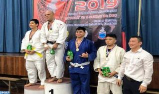 المغربي محسن عطاف يفوز بالميدالية الذهبية في بطولة للجيدو بماليزيا