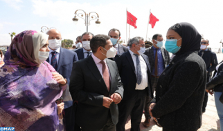 إقليم طانطان : السيد أمزازي يتفقد الموقع المخصص لمشروع إحداث مدرسة عليا للتكنولوجيا بالوطية