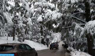 طقس بارد وتساقطات ثلجية ورياح أحيانا قوية بالعديد من مناطق المملكة